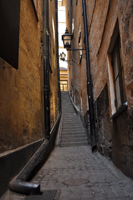 Mårten Trotzigs Gränd - The narrowest alleyway in Stockholm