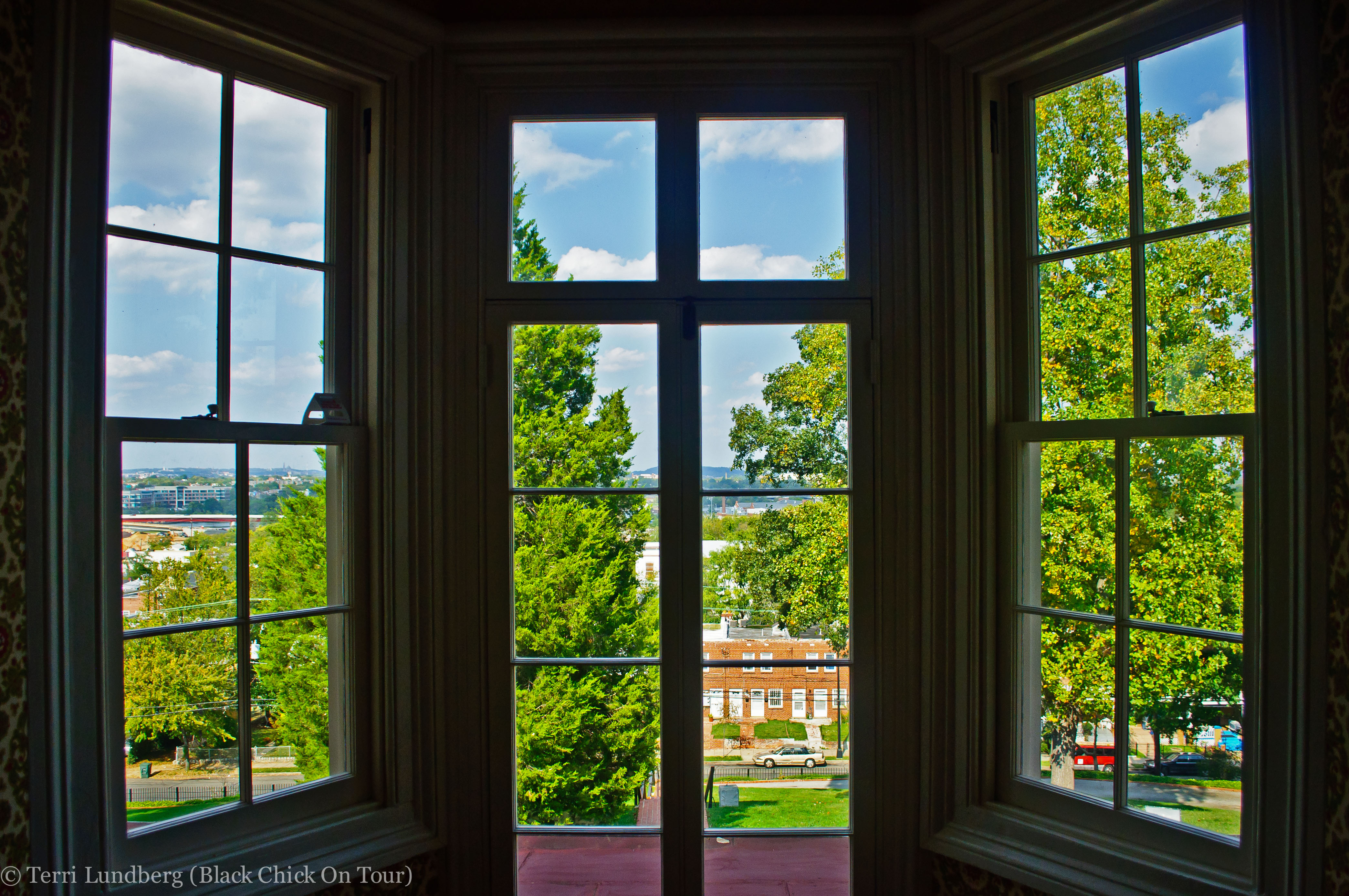 Photo tour cedar hill aka the frederick douglass house for House windows online
