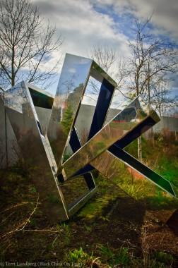 Perre's Ventaglio III Mirror 2 Olympic Sculpture Park