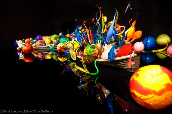 Chihuly Ikebana and Float Boats