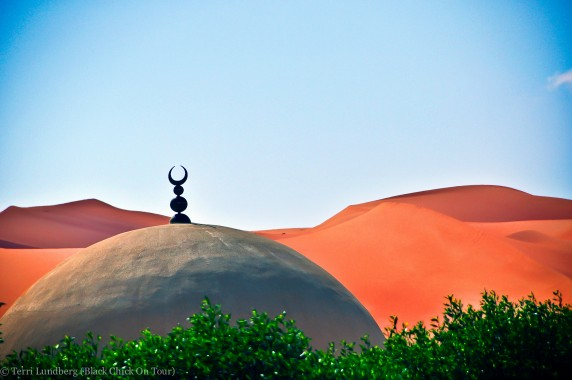 Sand dunes and Mosque in Shaybah, Saudi Arabia
